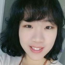 Claire Jung - angielski > koreański translator