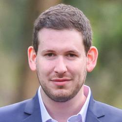Yuval Holtzman - angielski > hebrajski translator
