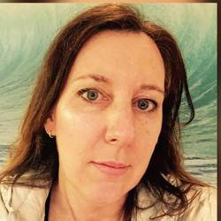 Nora De Groote - English to Dutch translator