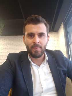 Abdulghani Khateeb - inglés a árabe translator