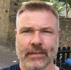 Peter Grunnet-Jensen - English a Danish translator