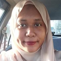 Nur Nadia Zakaria - Malay to English translator