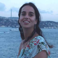 Elise Haja - English to French translator