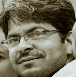 Pranjal Dhar - inglés a hindi translator