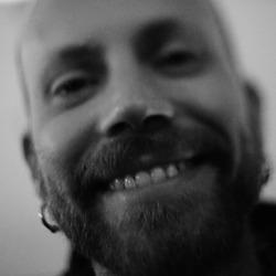 Jonas Berndt - angielski > szwedzki translator
