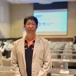 Jarin Sukthanomwong - inglés a tailandés translator
