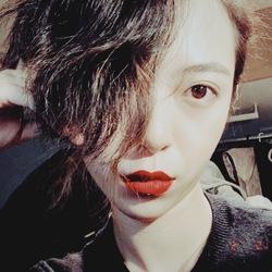 Scarlett Xu - English to Chinese translator