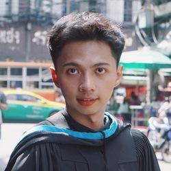 Natdanai Janthon - inglés a tailandés translator