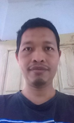Arif Rakhman - English a Indonesian translator