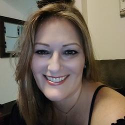 Francine Iwersen - English to Portuguese translator