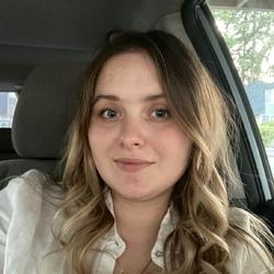 Halyna Dema - angielski > ukraiński translator