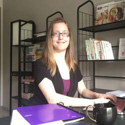Becki Anderson - Japanese a English translator