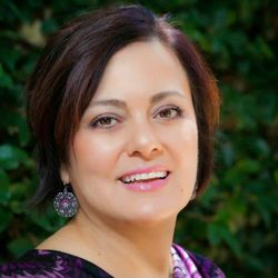 Anabel Cuadros - inglés a español translator
