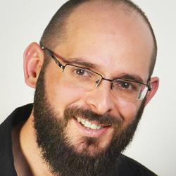 John Makrynoris - angielski > grecki translator