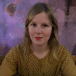 Julia Lönnbäck - inglés a sueco translator
