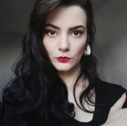 Renata Souza - portugués a inglés translator