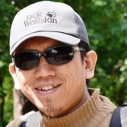 Luthfi Mauludin - inglés a indonesio translator