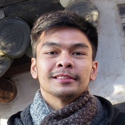 Laurence Aaron Mejia - English to Tagalog translator