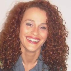 Elizabete Freitas - portugalski > angielski translator