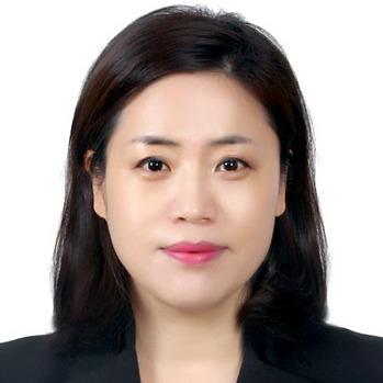 Seon Hee Lee - angielski > koreański translator