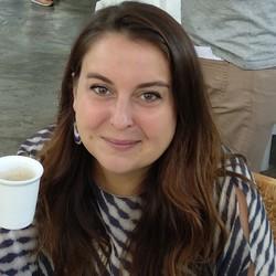 Veronika Tomasik - francuski > angielski translator