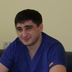 Gadzhi Abusov - angielski > rosyjski translator