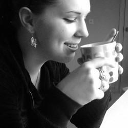 Mari Vallik - angielski > estoński translator