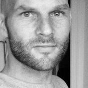 Niklas Ejstrup - inglés a danés translator