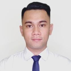 Wanlop Udomsawas - inglés a tailandés translator