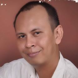 Priyo Utomo - angielski > indonezyjski translator