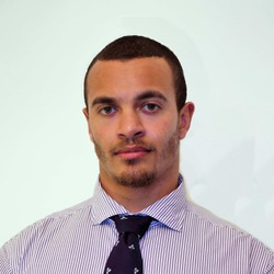 Tom Tavares - ruso a inglés translator