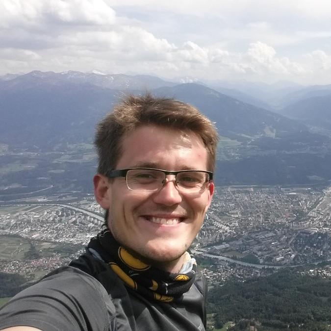 Neven Gajic - checo a serbio translator