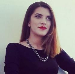 Dimitra Georgiou - inglés a griego translator