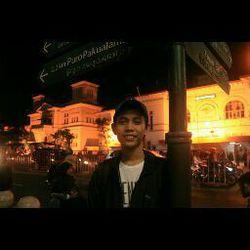 Agung Widiyanto - inglés al indonesio translator