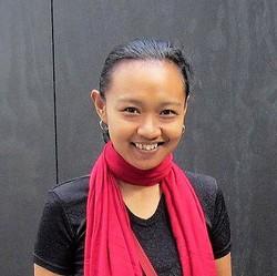 Neny Isharyanti - angielski > indonezyjski translator