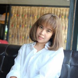 Pranpreeya Pangngern - tailandés a inglés translator