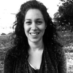 Ayelet Bezalel - English to Hebrew translator