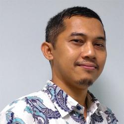 Nursalam AR - inglés a indonesio translator