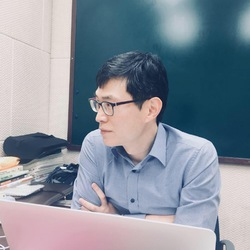 Elwood Jang - angielski > koreański translator