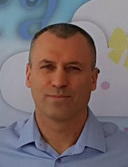 Ekrem Dundar - English to Turkish translator