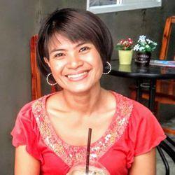 nittaya peawong - inglés a tailandés translator