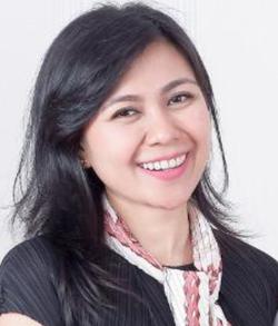 Selvie Carolin Dyra - inglés a indonesio translator