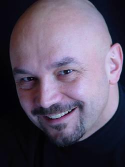 Bruno Moroni - włoski > hiligajnon translator