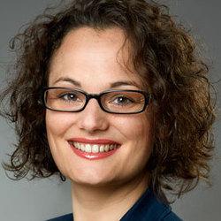 Evelyne Schoeser - alemán al francés translator