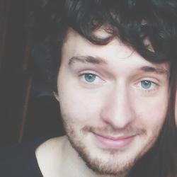 Lukas Lacko - inglés a eslovaco translator