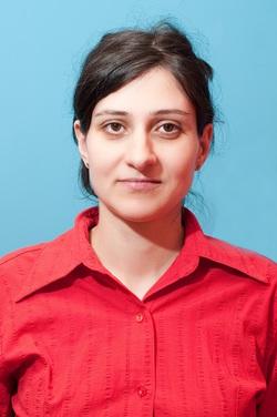 Maria Nicolescu - inglés a rumano translator