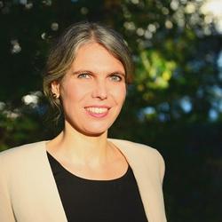 Anke Hänel - English to German translator