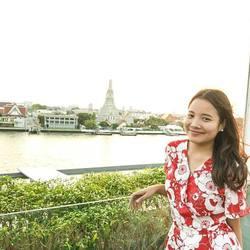 thammapron manowat - tailandés a inglés translator