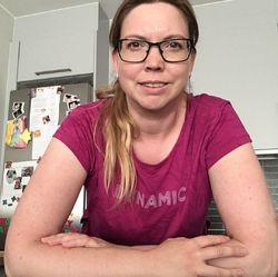 Ellen Sezersoy - inglés a noruego translator