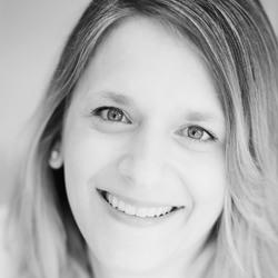 Kerstin van der Bij - Dutch to German translator